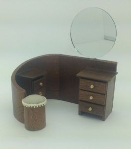 167. 1930s Dressing Table